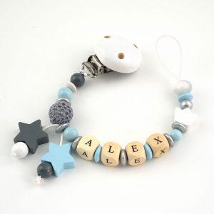 Chupetero estrella con piezas de madera personalizado con el nombre del bebé